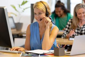 Does Your Business Need to Switch to a Hosted VoIP Call Center?